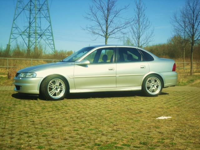 mein Vectra B Elegance / Sport Sdc10410