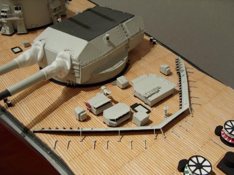 """Restauration eines 1:67er Modells der """"Bismarck"""". - Seite 13 Sdc10110"""