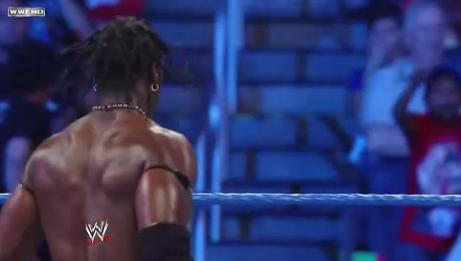 R-Truth entrance SmackDown Segmen24