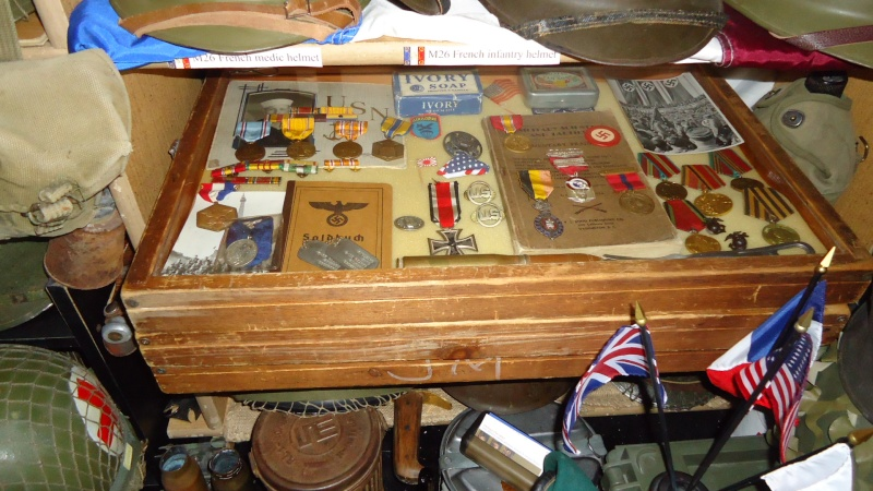 Ma collection de casques et de coiffes WW2 Dsc00527