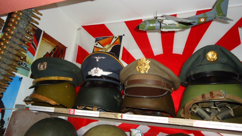 Ma collection de casques et de coiffes WW2 Dsc00528