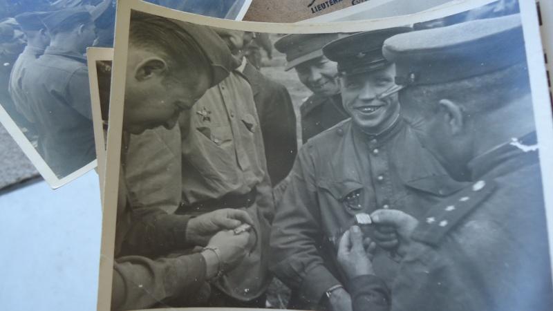 Photos et papiers divers Berlin 1945 ............. Dsc00931