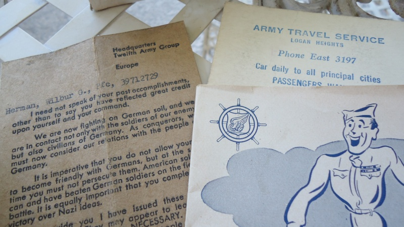 Photos et papiers divers Berlin 1945 ............. Dsc00932