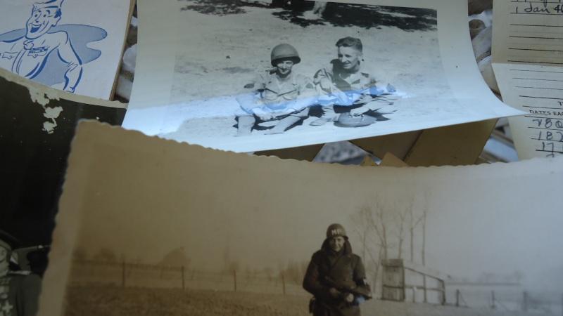 Photos et papiers divers Berlin 1945 ............. Dsc00936
