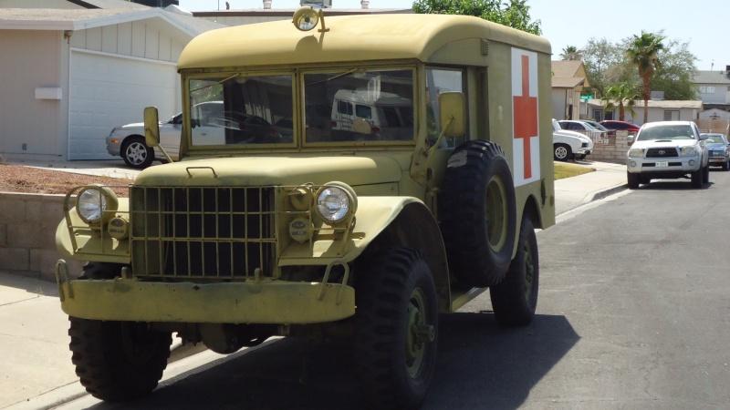 Ambulance Dodge M-43  3/4 ton 4x4 Dsc01010