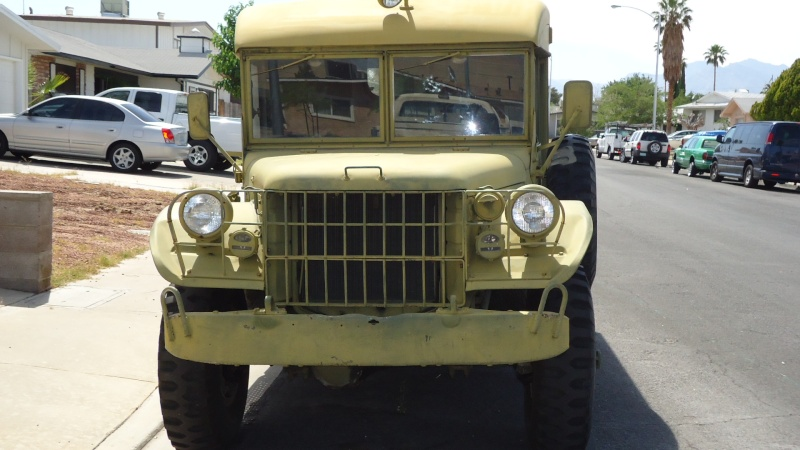 Ambulance Dodge M-43  3/4 ton 4x4 Dsc01011