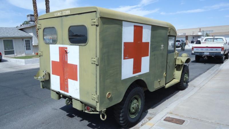 Ambulance Dodge M-43  3/4 ton 4x4 Dsc01013