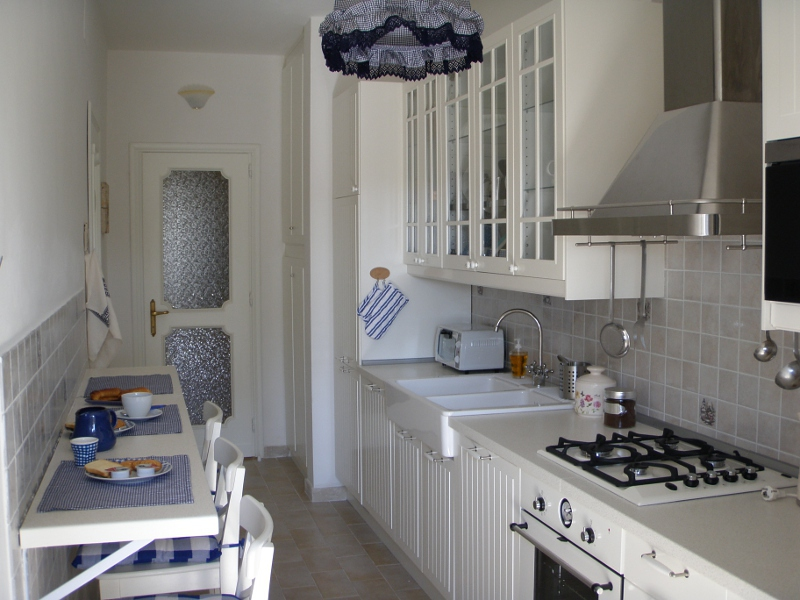 BED & BREAKFAST LAZIO ROMA EUR - EurGardenie Cucina10