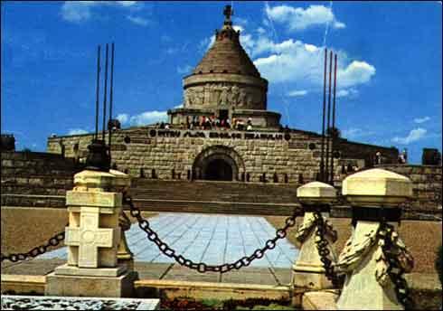 Monumente din ROMÂNIA! Mausol10