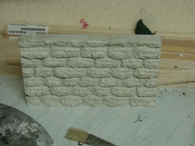 Bruchsteinmauer aus Styropor mit Lötkolben 1:22.5 Dsc04323