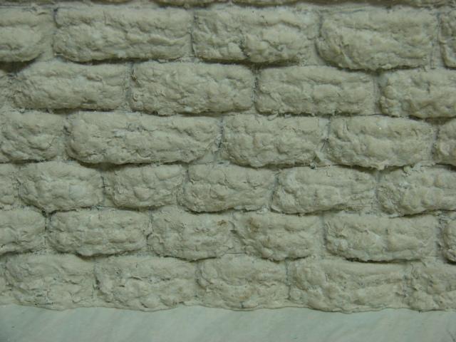 Bruchsteinmauer aus Styropor mit Lötkolben 1:22.5 Dsc04324