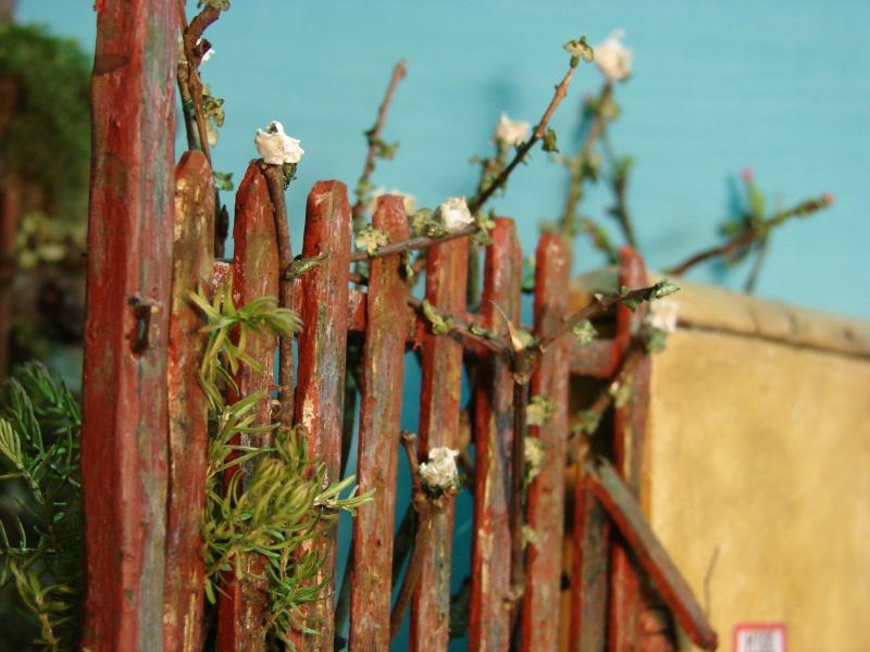 Vorgarten mit altem Zaun und Stützmauer Dsc04912