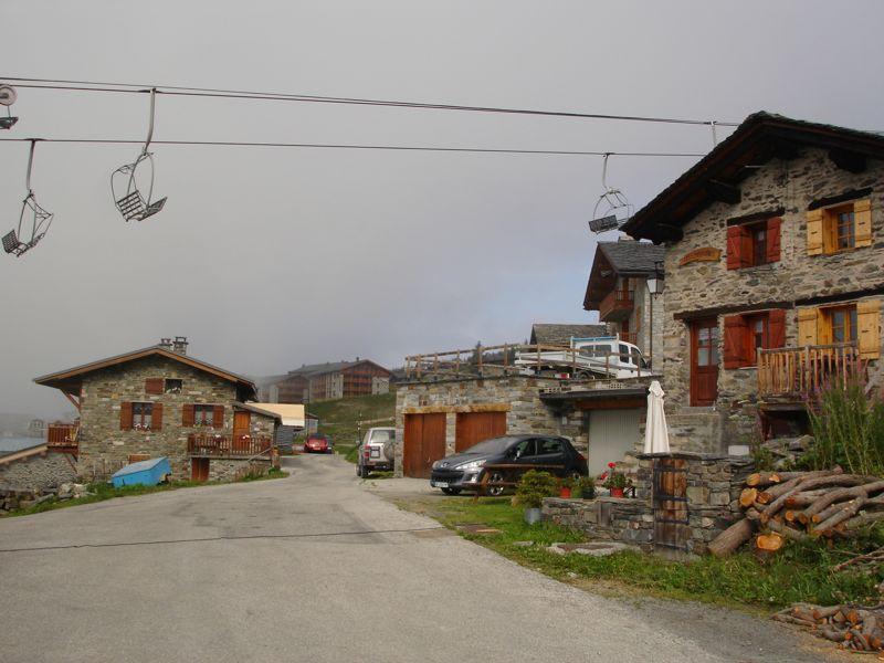 À la découverte des villages de Montvalezan Dsc05819