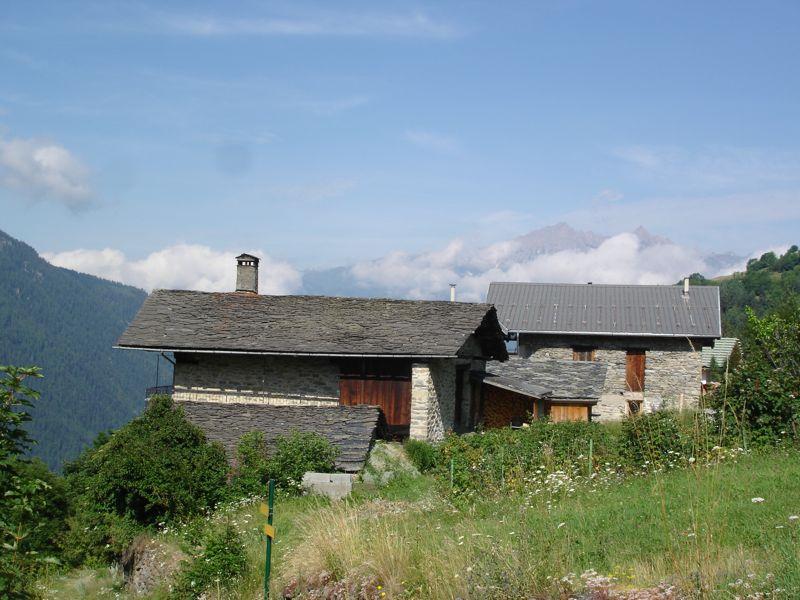 À la découverte des villages de Montvalezan Dsc05829