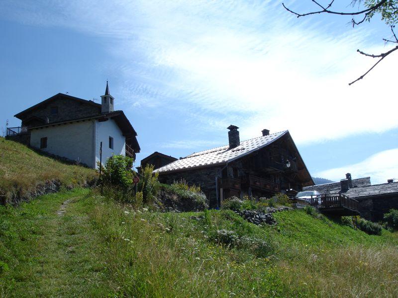 À la découverte des villages de Montvalezan Dsc05845