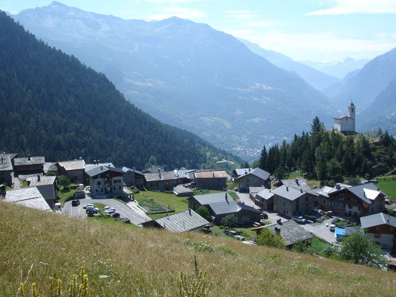 À la découverte des villages de Montvalezan Dsc05846