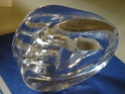 Moulded clear glass hand paperweight / ashtray - Id? Dscn0328