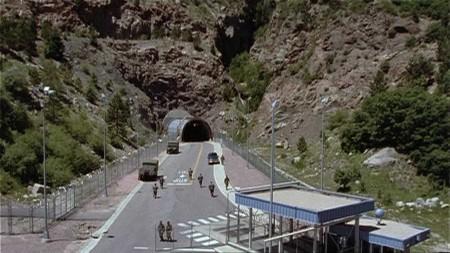 Stargate SG-1 Base_d10