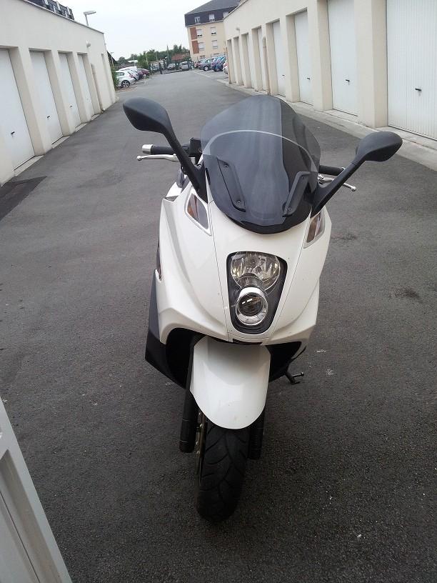 enfin il est là !! GP 800 White 20120617