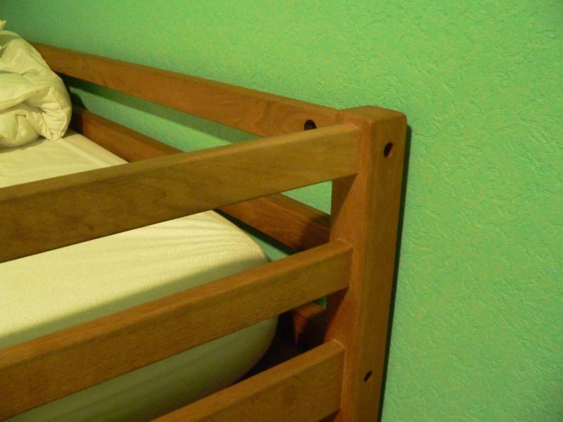 [Pas à pas] Un lit, sa tête et deux chevets  - Page 2 P1010612