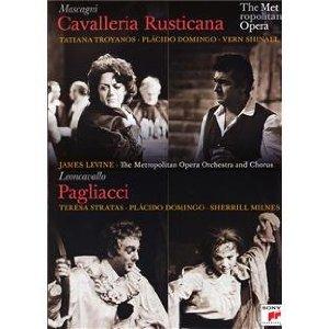 Mascagni : Cavalleria rusticana - Leoncavallo : Pagliacci - Page 4 Pail_d10