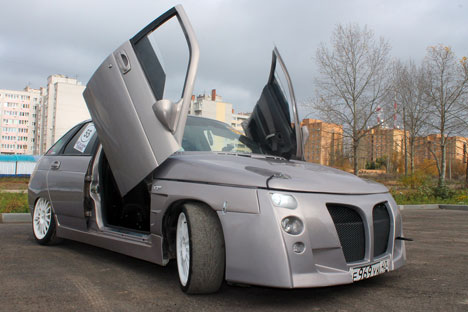 Russian Auto Industry Car-4610