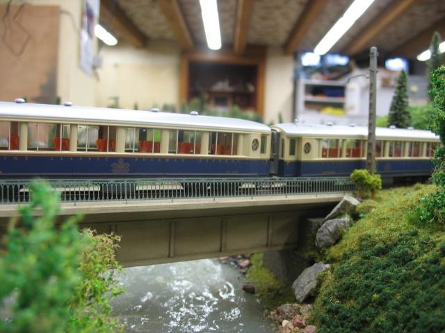"Rame voiture voyageurs ""Glacier Express"" Cen_ra22"