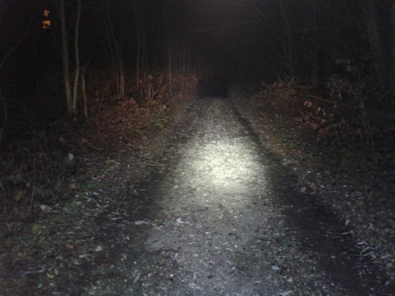 eclairage pour rouler la nuit performant - Page 6 2012-123