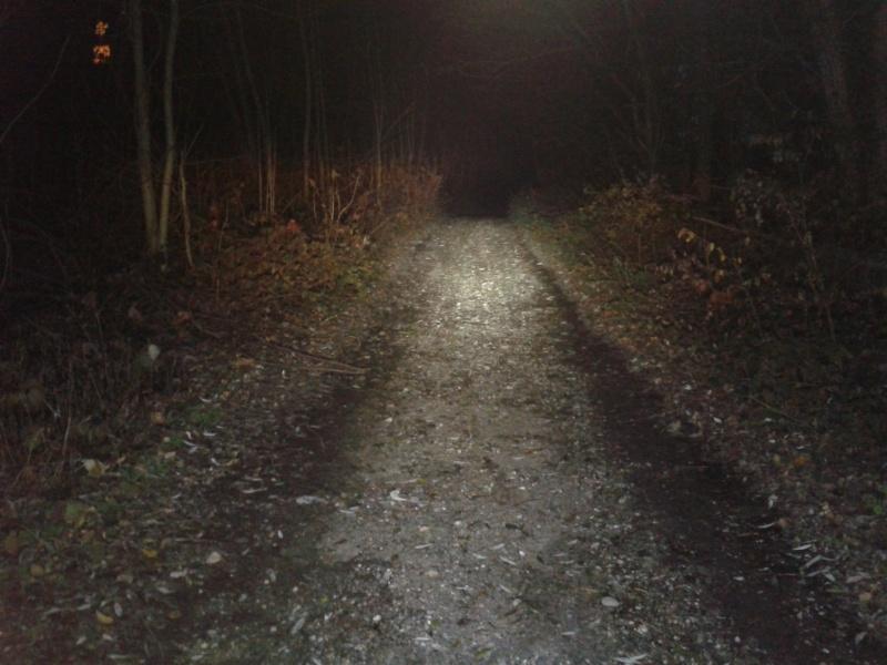 eclairage pour rouler la nuit performant - Page 6 2012-124