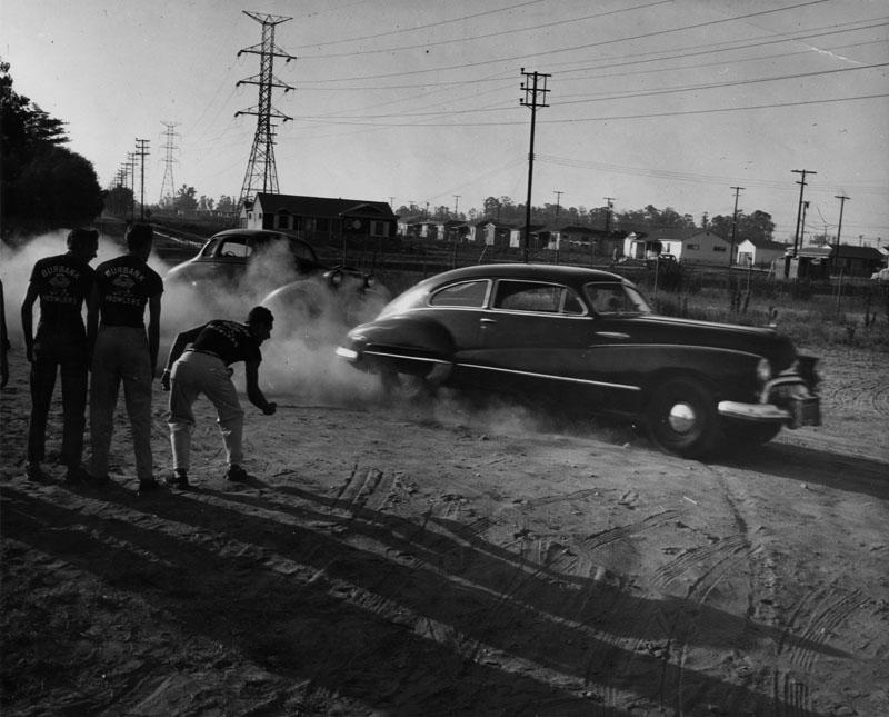 1950's & 1960's hot rod / custom car club 00082810