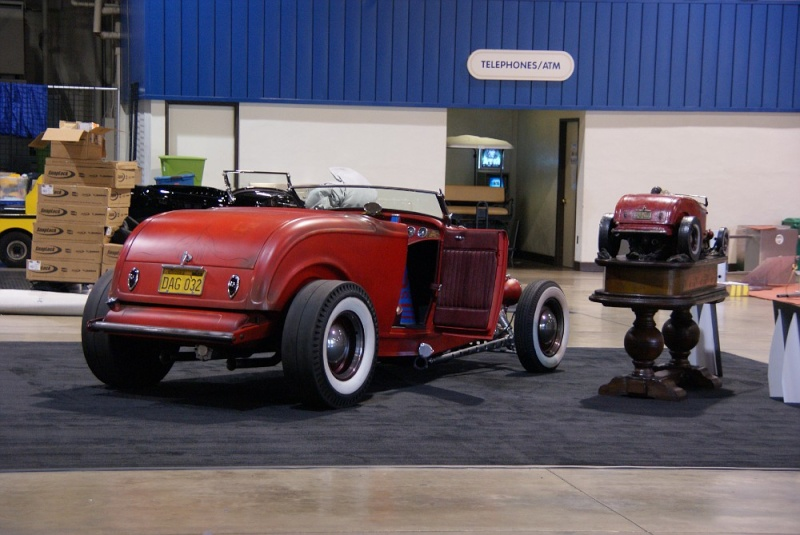 1932 Ford hot rod 01281018