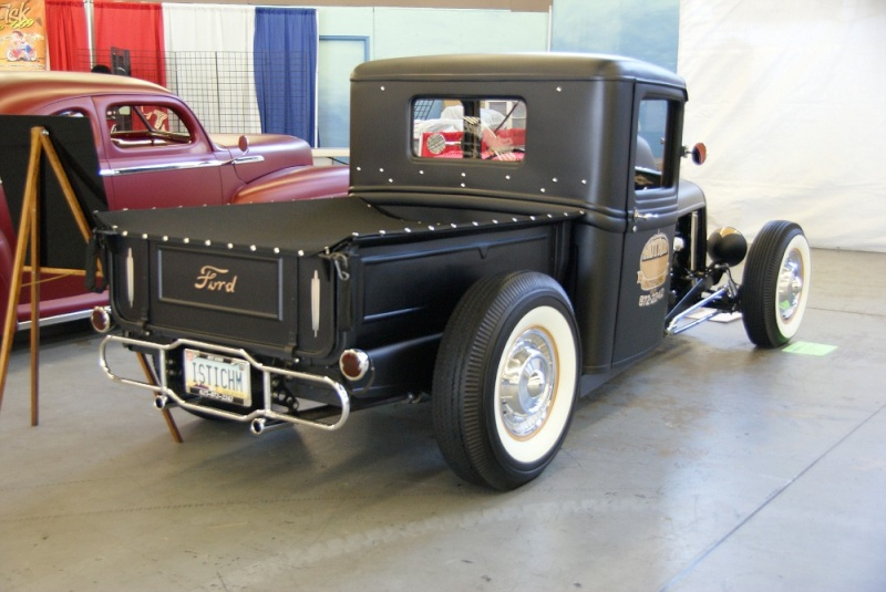 1932 Ford hot rod 01281020