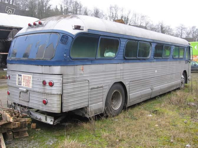 Autobus retro 02171210