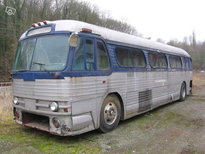 Autobus retro 02831510