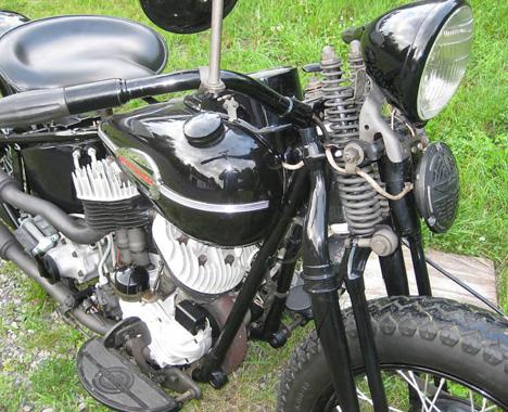 1946 Harley UL Flathead Bobber 1946_h27