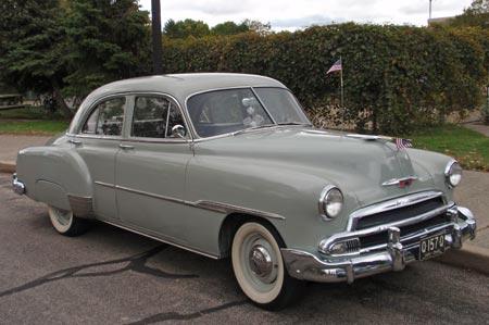 Les Chevrolet de 1949 à 1959 stock 1951-c11