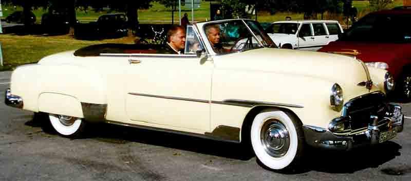 Les Chevrolet de 1949 à 1959 stock 1951_c10