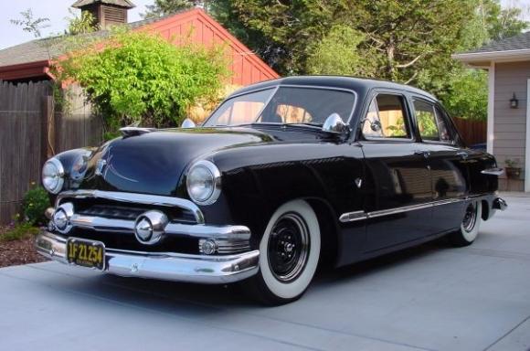 Ford 1949 - 50 - 51 (shoebox) custom & mild custom galerie 1951_c11