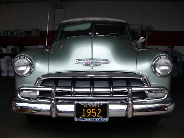Les Chevrolet de 1949 à 1959 stock 1952-c10