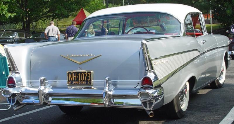 Les Chevrolet de 1949 à 1959 stock 1957-c11
