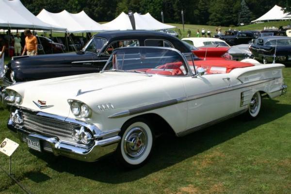 Les Chevrolet de 1949 à 1959 stock 1958-c11