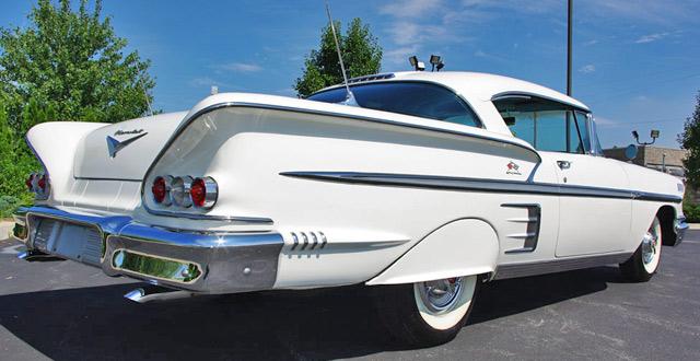 Les Chevrolet de 1949 à 1959 stock 1958-c12
