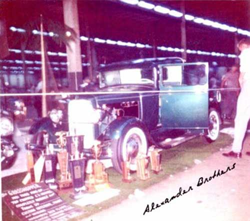 Vintage Car Show pics (50s, 60s and 70s) 328