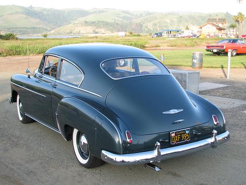 Les Chevrolet de 1949 à 1959 stock 35121610