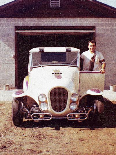 Ala Kart - George Barris 400px-10