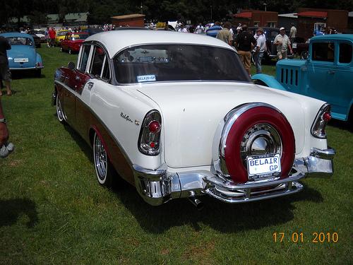 Les Chevrolet de 1949 à 1959 stock 42815810