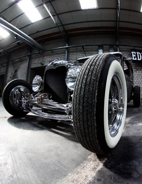 1930 Ford hot rod 490x6310