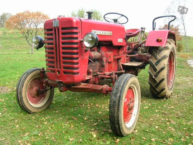 Tracteurs agricoles et véhicules de chantier 52020810