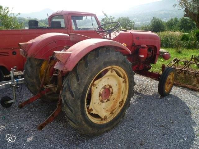 Tracteurs agricoles et véhicules de chantier 57221310