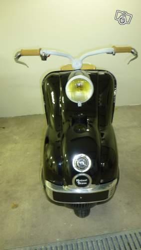 Scooter Magnat Debon 60221612